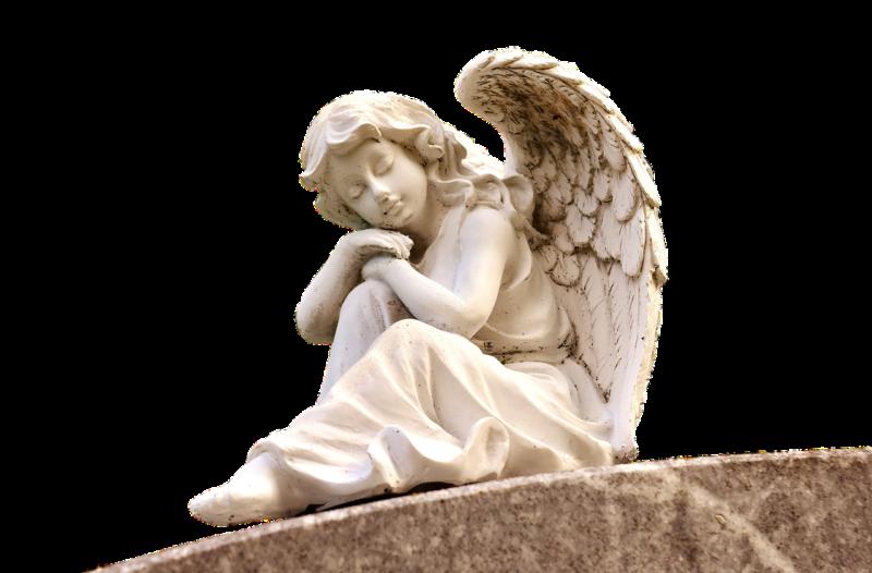 安堵の表情をした天使のフィギア
