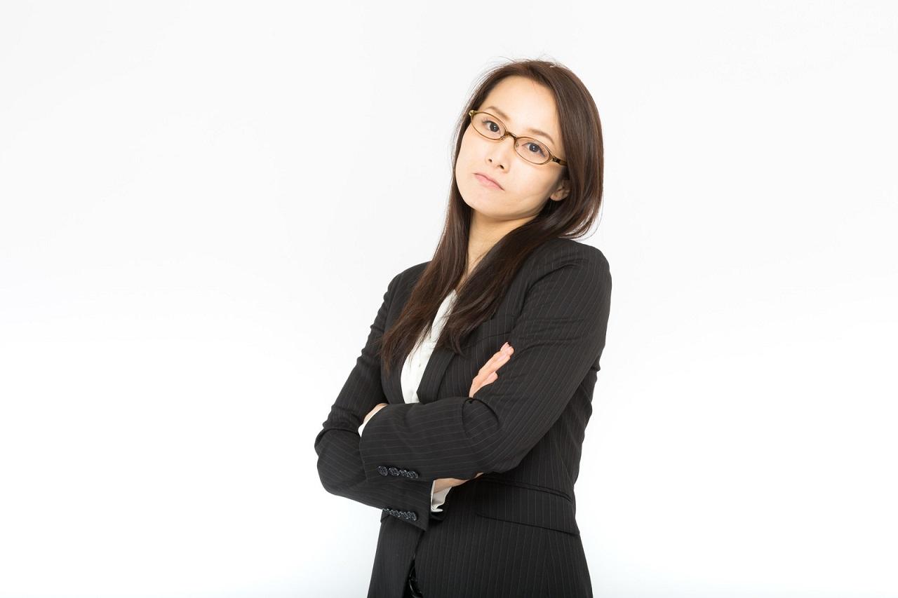 職場の新人から毎日仕事の悩みをLINEで読まされうんざりな先輩女性